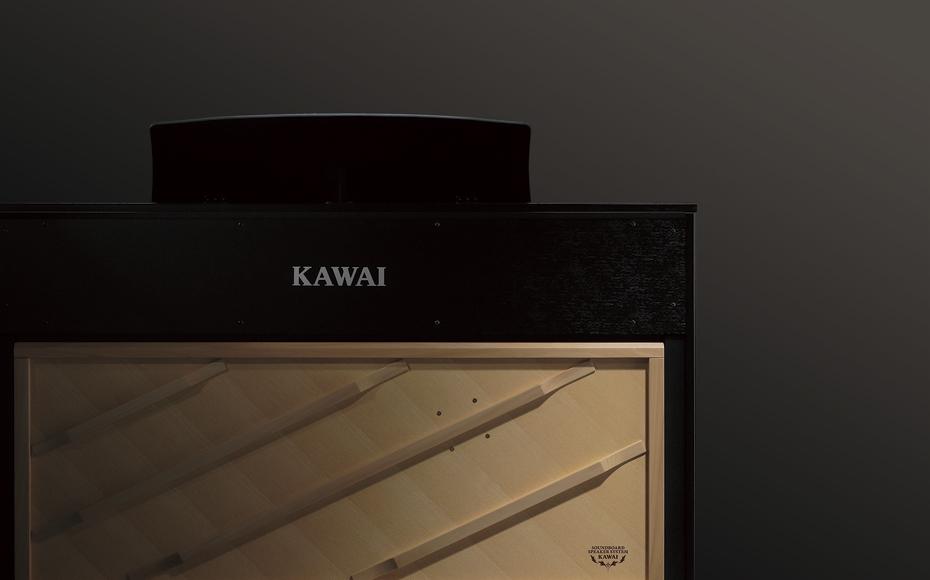 グランドピアノの音場感を再現する響板スピーカーシステム