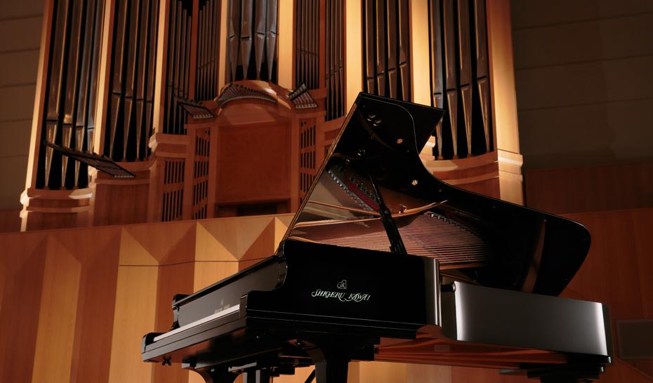 最高峰のコンサートグランドピアノ「SK‐EX」<br /> フルコンサートグランドピアノ「EX」のピアノ音を搭載