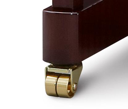 高級感を演出する真鍮製ダブルキャスター