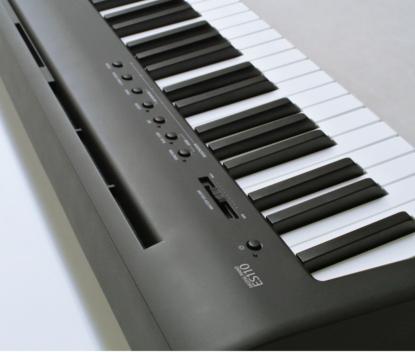 迫力のサウンド<br /> グランドピアノの音場を再現