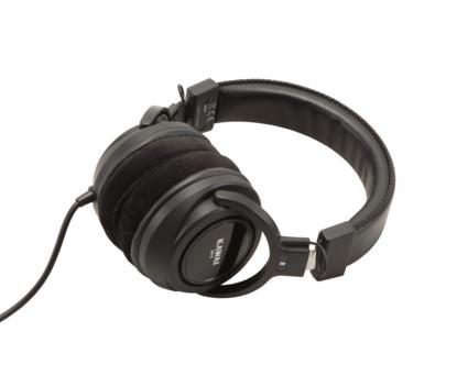 高音質なヘッドホン付属