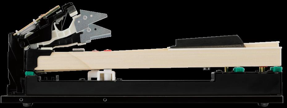 さらに進化したグランドピアノの弾き応え<br /> シーソー式 木製鍵盤<br /> グランド・フィール・アクションⅢ